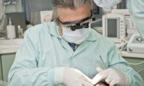 Bác sĩ không có y đức mà nhổ một lúc 20 cái răng? Sự thật từ nha sĩ