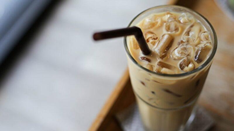 Uống latte có bổ sung canxi không?