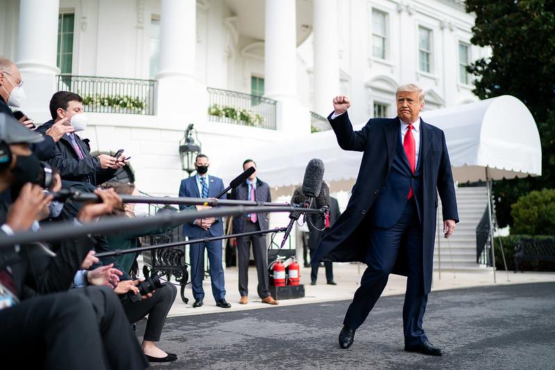 Bầu cử tổng thống Mỹ: Trump tuyên bố không bao giờ ngừng đấu tranh