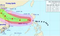 Bão Vamco mạnh cấp 12 đã vào biển Đông, cách Hoàng Sa khoảng 730 km
