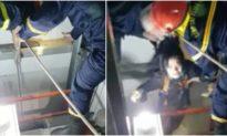 Nghẹt thở giây phút giải cứu cô gái mắc kẹt trong thang máy bị rơi ở TP. HCM
