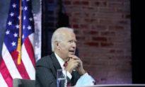 Kế hoạch 'cứu trợ' khoản vay sinh viên của Biden là thiển cận và vô đạo đức
