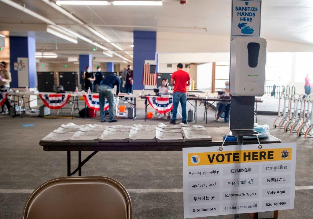 Hệ thống bầu cử theo Cử tri Đoàn hiểu một cách nôm na là kết hợp giữa bầu cử phổ thông và bầu cử Quốc hội.