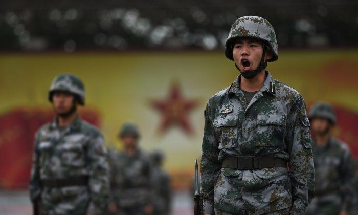 Tại sao Hoa Kỳ vẫn đang cung cấp công nghệ cho quân đội Trung Quốc?