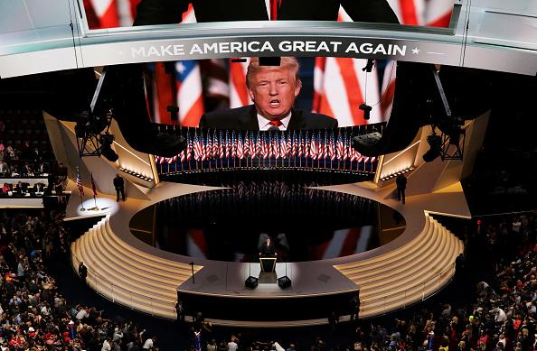 Nếu không có TT Trump, ai sẽ chặn đứng 'chiến tranh không giới hạn' nhằm 'hạ gục nước Mỹ' của Tập Cận Bình