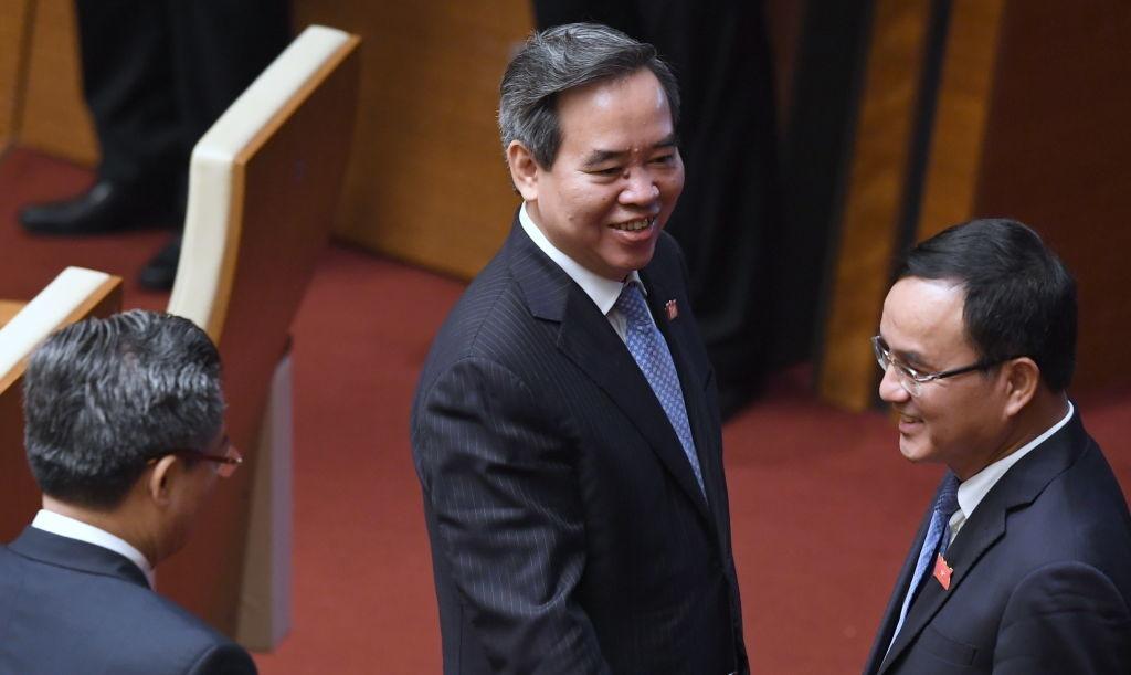 Vì sao Ủy viên Bộ Chính trị Nguyễn Văn Bình bị kỷ luật cảnh cáo?