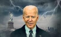 Chính quyền Biden đang thành tựu 'Giấc mộng Trung Hoa' cho ông Tập?