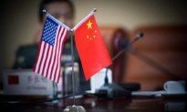 Bất chấp căng thẳng bầu cử, Mỹ đẩy mạnh kế hoạch hủy niêm yết các công ty Trung Quốc