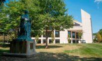 College Board của Hoa Kỳ tuyên bố chấm dứt quan hệ đối tác với chính quyền Trung Quốc