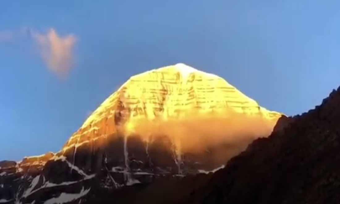 Bí ẩn ngọn núi Thần đệ nhất Tây Tạng: Hậu quả thê thảm cho người dám mạo phạm