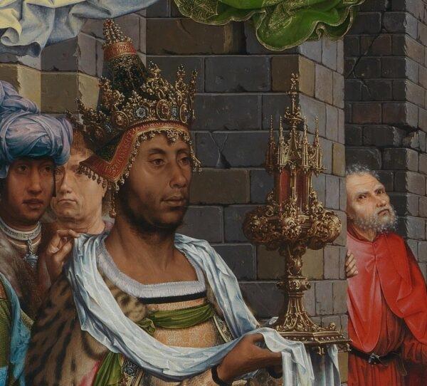Vua Balthasar đội vương miện có khắc chữ của mình (Phạm vi công cộng)