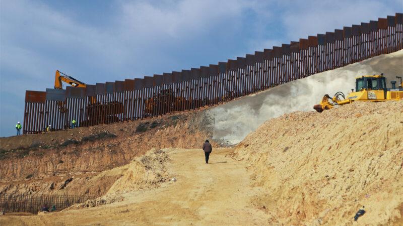 Bộ An ninh Nội địa Biden phê duyệt công trình mới tại bức tường biên giới Mỹ - Mexico