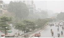 Chất lượng không khí ở Hà Nội tiếp tục ở mức kém và xấu
