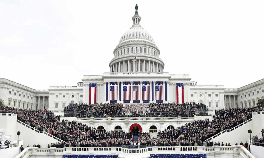 Nụ cười 'Tiếu ngạo' trong chốn 'giang hồ' chính trị Hoa Kỳ