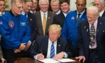 Tổng thống Donald Trump ban hành Chính sách thứ 6 về phát triển không gian vũ trụ
