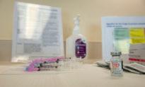Vaccine COVID-19 của Mỹ và tác dụng phụ gây ra đối với những người tiêm filler