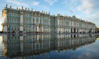 Nghệ thuật truyền cảm hứng: Cung Điện Mùa Đông tráng lệ của Petersburg