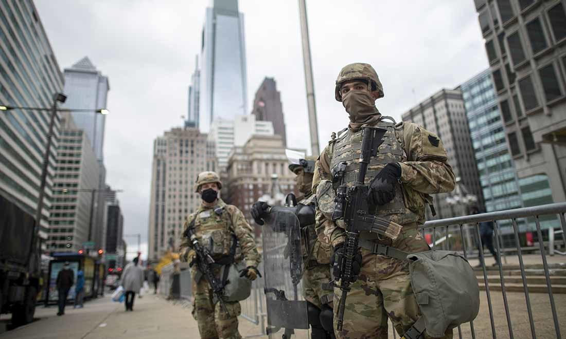 Vì sao Tổng thống Mỹ không thể trực tiếp điều động quân đội đến dẹp loạn ở tiểu bang