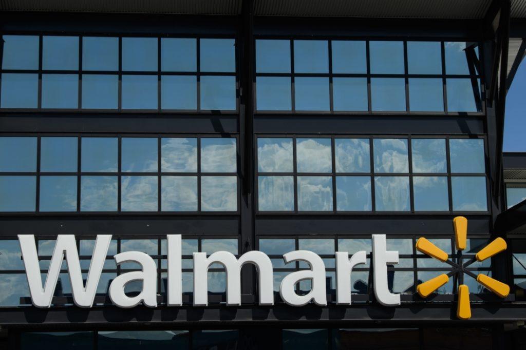 Các tập đoàn đa quốc gia như Walmart coi thường những người ủng hộ TT Trump