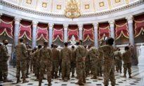 Vệ binh Quốc gia đáp trả cáo buộc các binh sĩ cố tình quay lưng với đoàn mô-tô của Biden