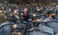 Tổng thống Trump tuyên bố 'sẽ có mặt' trong biểu tình 'lịch sử' ngày 6/1