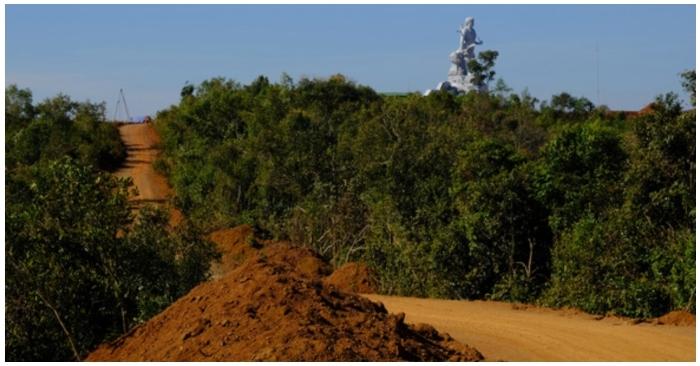 Đắk Nông dự chi đến 77 tỷ đồng cho đoạn đường dài 1km dẫn lên tượng đài N'Trang Lơng
