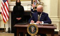 Ông Biden ra sắc lệnh đảo ngược lệnh cấm chuyển giới trong quân đội