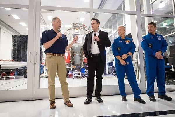 5 điều Elon Musk có thể làm cho nhân loại khi là người giàu nhất thế giới
