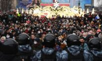 Nga bắt giữ hơn 3.400 người biểu tình, Mỹ chỉ trích