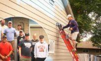 Người đàn ông mắc bệnh ung thư giai đoạn cuối thỏa mãn nguyện vọng được sơn nhà cho vợ
