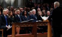 'Phong thư' bí ẩn trong tang lễ của cựu Tổng thống Bush 'cha'