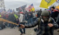 Tường thuật: Bạo lực xảy ra ở Quốc hội Mỹ và những âm mưu đằng sau