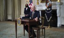Ông Biden thu hồi 7 sắc lệnh của cựu TT Trump mà không có lời giải thích