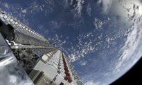 Tỷ phú Elon Musk tiết lộ tốc độ Internet từ các vệ tinh Starlink