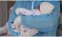 Nhiễm biến thể COVID-19 mới, một em bé có lượng virus nhiều hơn 51.000 lần so với những bệnh nhi khác