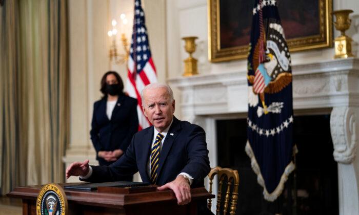 Tổng thống Biden ký Sắc lệnh hành pháp để củng cố các chuỗi cung ứng quan trọng
