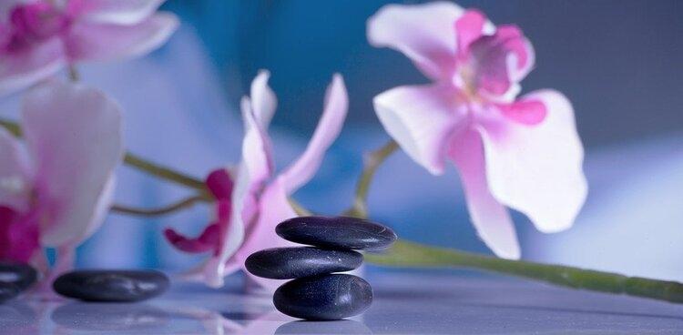 Nhằm ngăn ngừa tình trạng trệ Khí hoặc mất Khí, chúng ta nên duy trì một tâm thái bình hòa, tập trung vào làm những việc thoải mái, an lành.