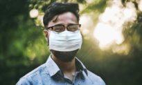 Nghiên cứu: Người đeo kính có nguy cơ nhiễm Covid-19 thấp hơn 3 lần so với người bình thường