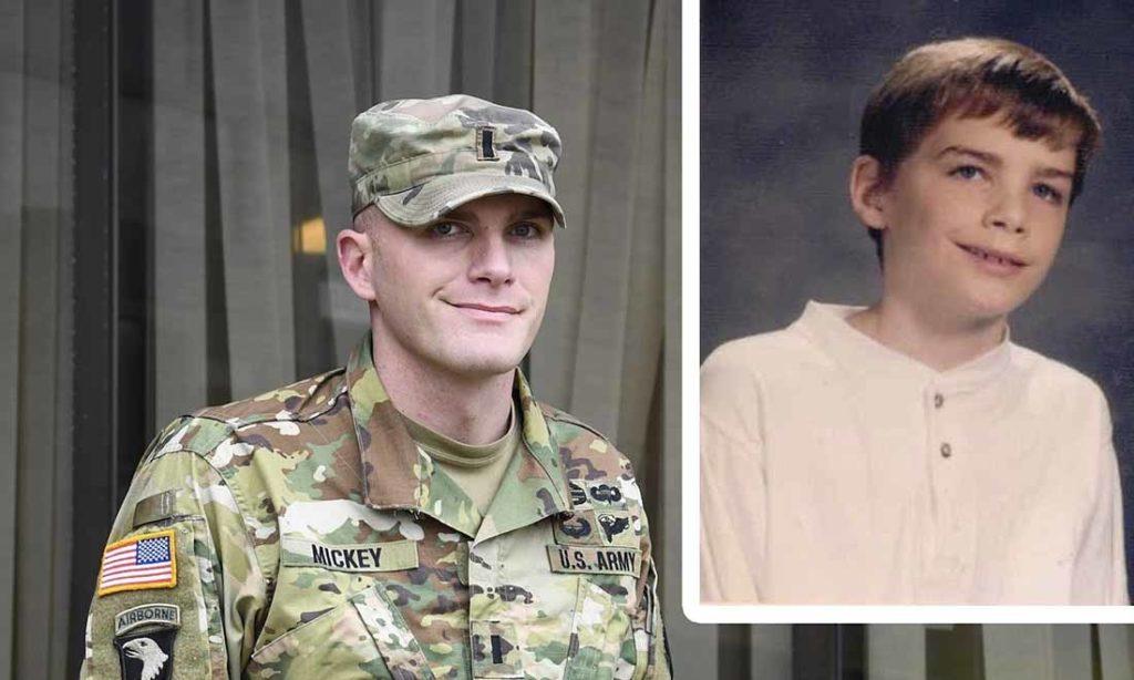 Đứa trẻ mồ côi vô gia cư đã thực hiện được giấc mơ cuộc đời: Trở thành sĩ quan quân đội Hoa Kỳ