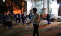 Thêm hai nhân viên sân bay Tân Sơn Nhất nghi nhiễm Covid-19