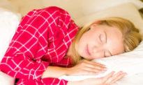 Nếu bạn không muốn ảnh hưởng đến sức khỏe, đừng đặt 5 thứ đồ này trên đầu giường ngủ