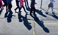 Một tiểu bang Alabama Mỹ thông qua dự luật cấm điều trị hay phẫu thuật chuyển giới cho trẻ vị thành niên