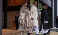 Tổng thống và Thủ tướng Pakistan đều nhiễm COVID-19 sau khi tiêm vaccine Trung Quốc