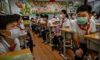 Trung Quốc họp Lưỡng Hội, đề xuất bỏ môn tiếng Anh khỏi cấp tiểu học và trung học cơ sở