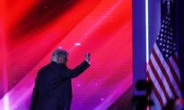 Ông Donald Trump được vinh danh là 'Một trong những Tổng thống vĩ đại nhất và có ảnh hưởng lớn nhất' của Hoa Kỳ