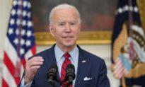 Ông Biden ra sắc lệnh kiểm soát súng mới, người phản đối gọi đó là 'độc tài'