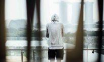 Lời thú nhận đau đớn của người mẹ: Thói quen của con trai mang lại hậu quả khủng khiếp