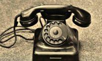 """Ai là người phát minh ra câu """"Xin chào"""" qua điện thoại"""