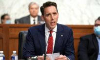 Thượng nghị sĩ Hawley đề xuất mức lương tối thiểu 15 USD/giờ - nhắm vào' các tập đoàn hàng tỷ USD