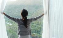 10 cách tự nhiên đơn giản giúp bạn luôn hạnh phúc, triệt tiêu trầm cảm và lo lắng